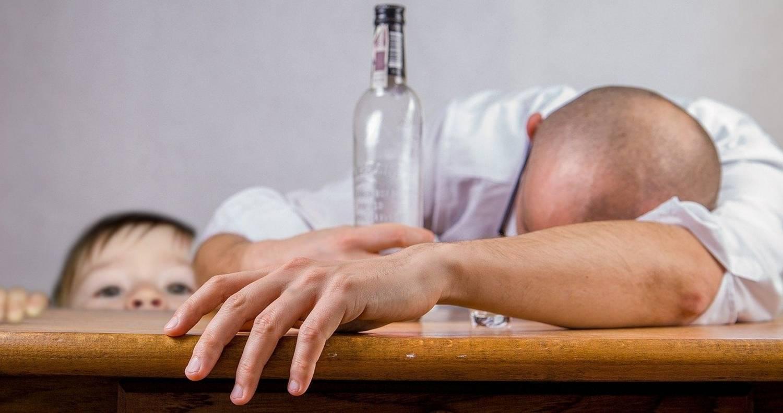 Jak nie popaść w alkoholizm